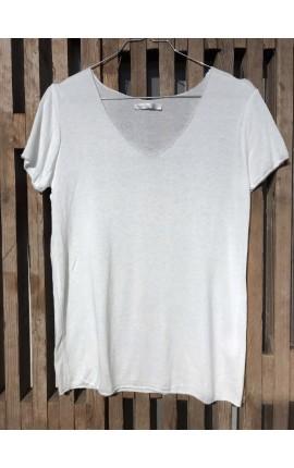 T-Shirt med sølvkant - Hvid